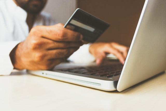 เงินด่วนออนไลน์ ใช้บัตรประชาชนใบเดียว 2020