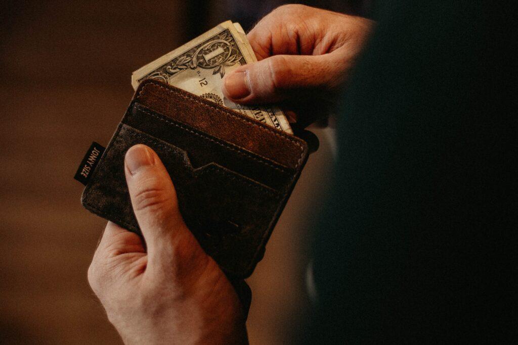 เงินไม่พอใช้ หมุนเงินไม่ทัน
